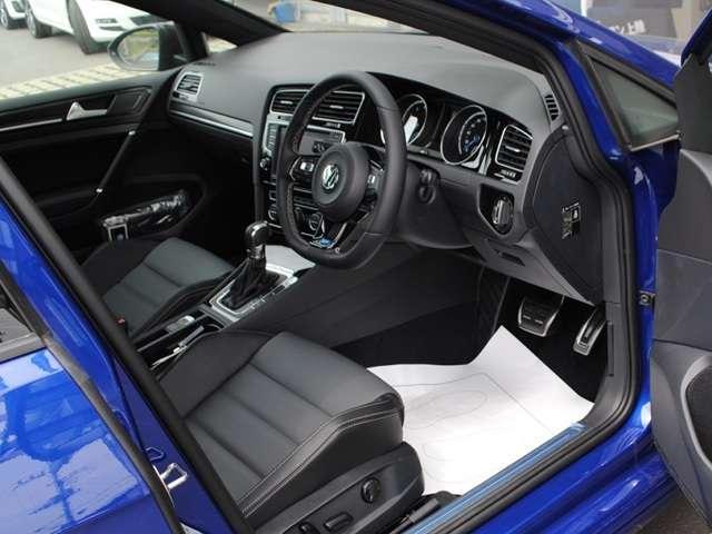 Golf R variant carbon style 限定車 【登録済み未使用車】の画像3