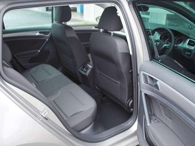 Golf Touran TSI Comfortline  メッキルーフレール・アップグレードパッケージ装着車【元デモカー】の画像3