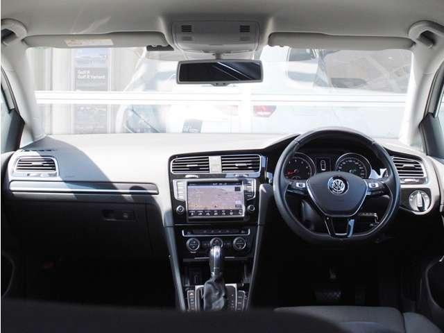 Golf TSI Highline  純正ナビ・DCCパッケージ装着車の画像4