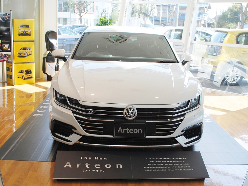 New Arteon R-Line 4MOTION Advanceの画像1