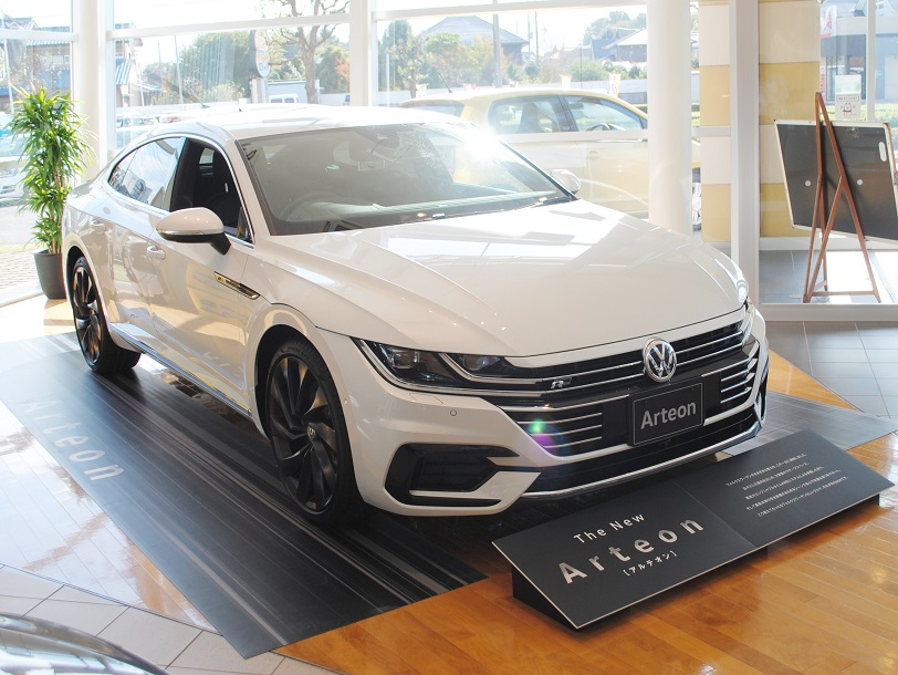 New Arteon R-Line 4MOTION Advanceの画像2