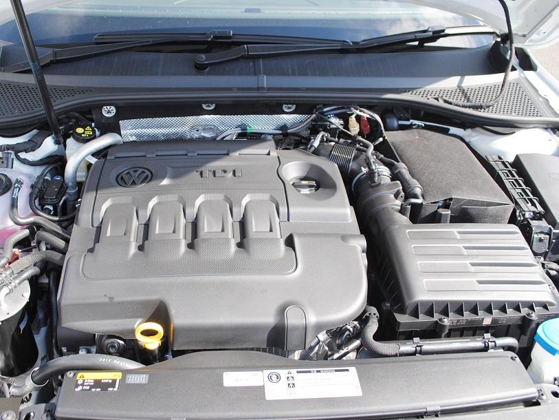 【ディーゼル車】Passat Variant TDI Elegancelin  純正インフォメントシステム装着車の画像3