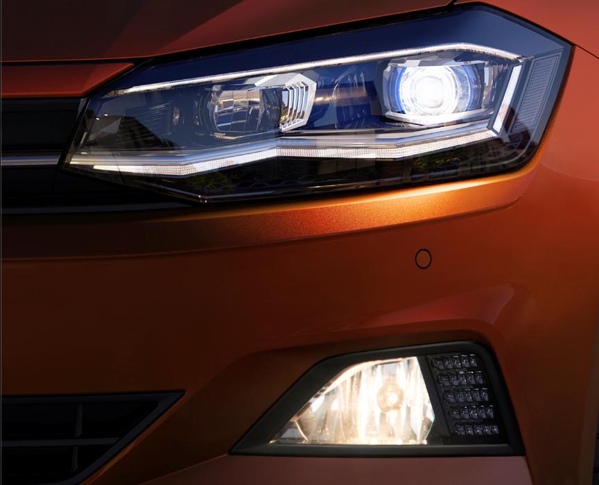 New Polo TSI Highline【Discover Proパッケージ・セーフティパッケージ装着車】の画像3