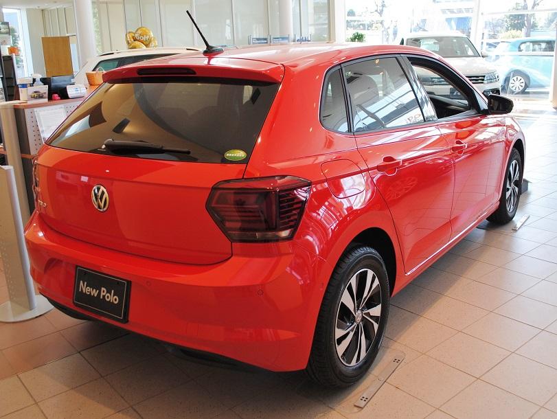 New Polo TSI Comfortline【Discover Proパッケージ・セーフティパッケージ装着車】の画像2