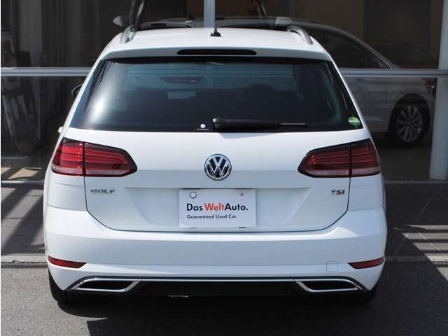 New Golf  Variant TSI Highline テクノロジーパッケージ装着車【登録済み未使用車】の画像3