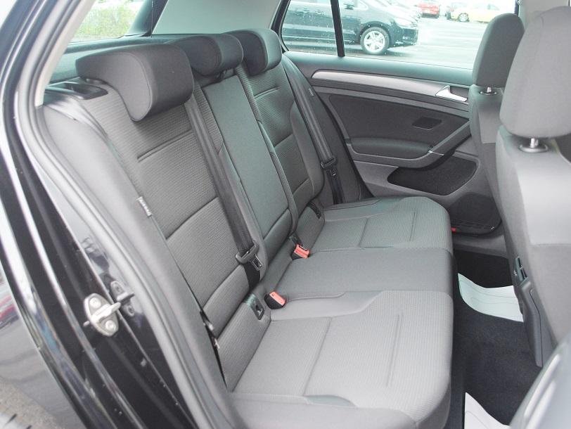 New Golf TSI Comfortline  純正ナビ装着車【登録済未使用車】の画像4