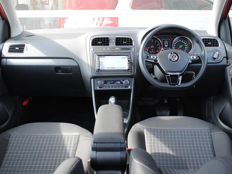 Polo TSI Comfortline 純正ナビ装着車の画像4