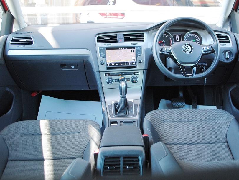 Golf Variant TSI Comfortline テクノロジーパッケージ・ACC・純正ナビ装着車の画像3