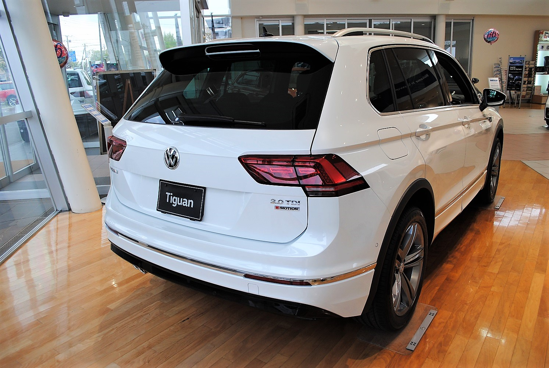 【クリーンディーゼル×4WD車】新型 Tiguan TDI 4MOTION  R-Line 有償ボディカラー装着車の画像2