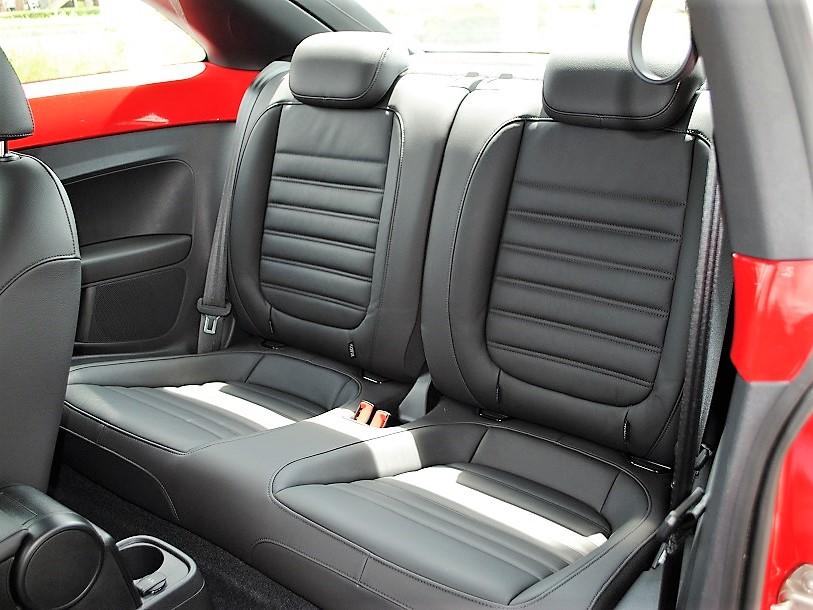 The Beetle Design Leather パッケージ 純正ナビ・ETC装着車の画像4