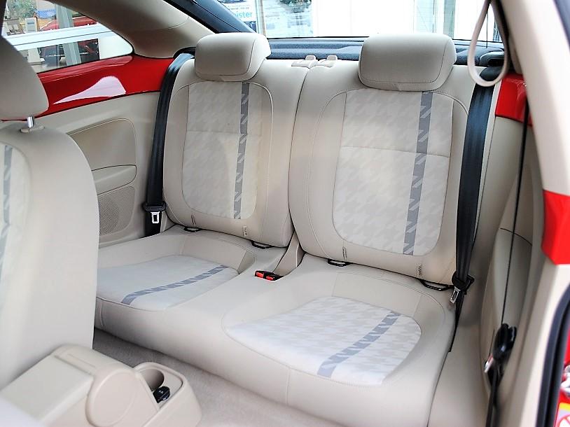 The Beetle Design 純正ナビ・ETC・バックカメラ装着車の画像4