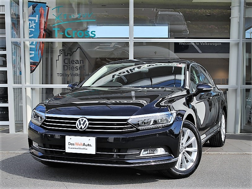 Passat TSI Eleganceline 純正ナビゲーションDiscoverPro、ETC、シートヒーター、電動テールゲート装着車の画像1