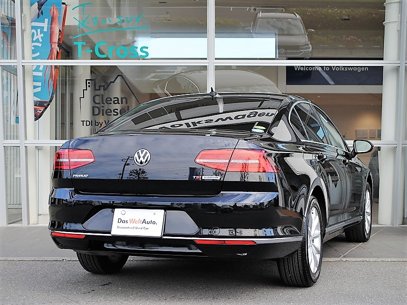 Passat TSI Eleganceline 純正ナビゲーションDiscoverPro、ETC、シートヒーター、電動テールゲート装着車の画像2